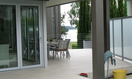 56 - Yarralumla Bay House - Sustainable house - Strine Design - outside areas
