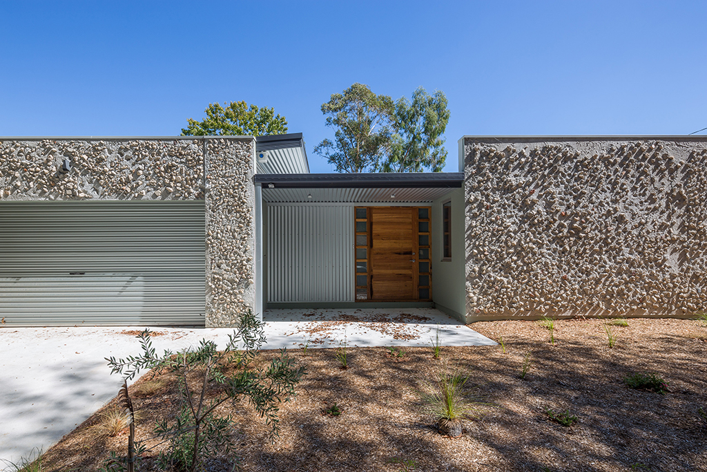 Rock Wall House – Millennium Series