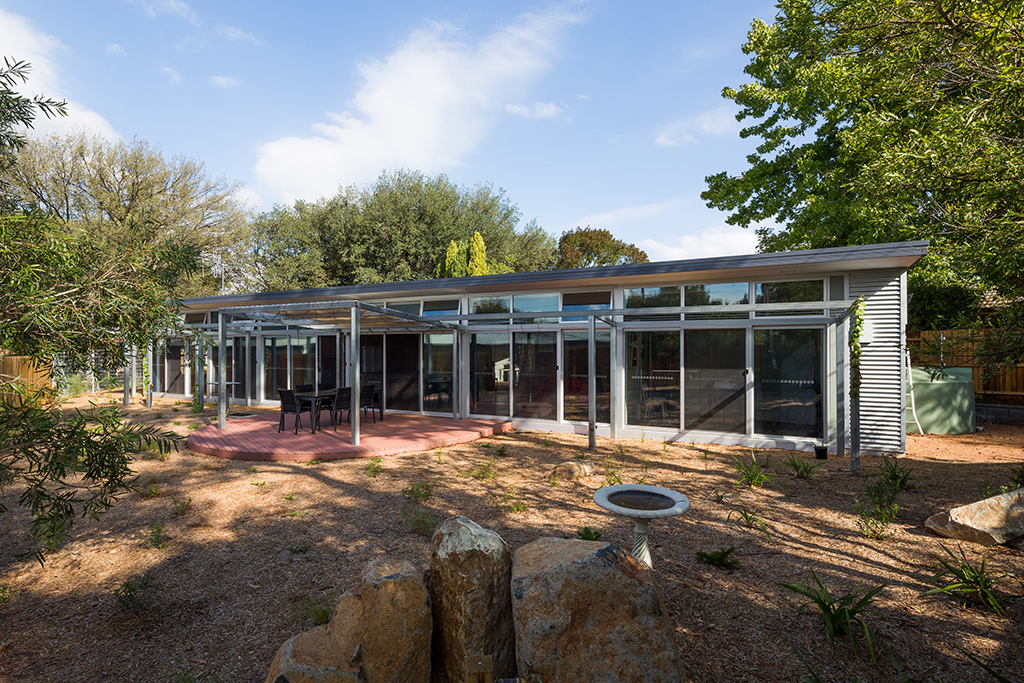 Canberra's Rock Wall House Listed as 2014 Finalist
