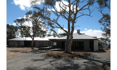 08 - Lake George House - Strine Design - Strine Environments - Best Canberra Builder - Green Architect Canberra - bush setting